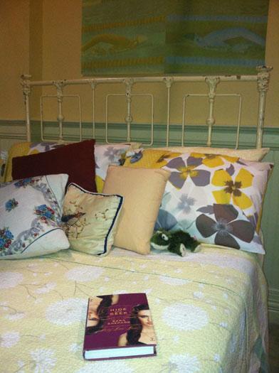 emily-bedroom-pll-site